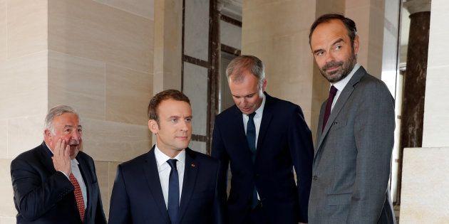 Les trois points qui bloquent la réforme institutionnelle (et comment Macron, avec Edouard Philippe et...