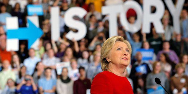 Le Texas vote la suppression de Hillary Clinton de ses livres