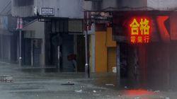 Les images du typhon Mangkhut qui arrive sur la