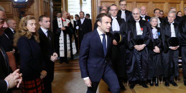 Emmanuel Macron présente une réforme des
