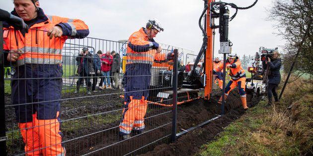 La construction de la palissade à commencé ce lundi 28 janvier, elle doit durer jusqu'à