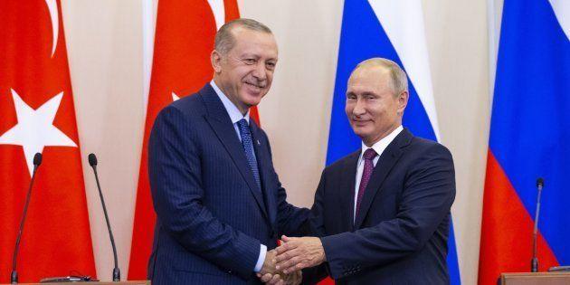 Vladimir Poutine et Tayyip Erdogan à l'issue de leur conférence de presse, lundi 17 septembre 2018 à...