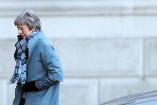 Theresa May espère que les projets de loi sur le