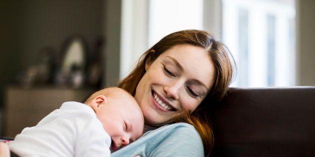 Chères mamans, il est normal de pleurer votre silhouette pré-grossesse. Cela vous aidera à comprendre ce que vous avez gagné.