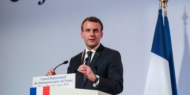 Emmanuel Macron lors du dîner du Crif à Paris le 7 mars