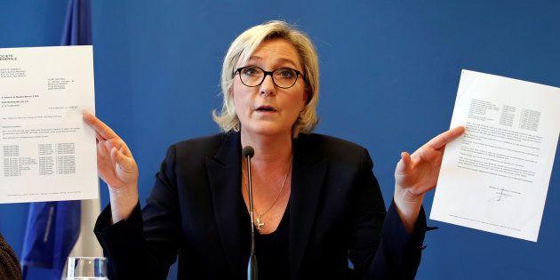 Marine Le Pen a fait fuiter certains détails du questionnaire des adhérents du FN, tous favorables à...