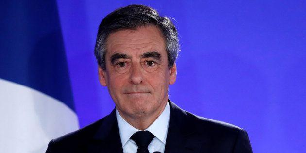 Les pro-Fillon auraient partagé le plus de fake news lors de l'élection présidentielle de 2017 sur