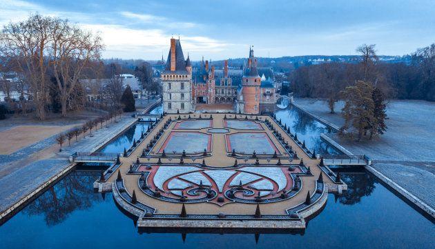 Le château de Maintenon, lieu dans lequel Mamytwink a embarqué Stéphane Bern en exploration