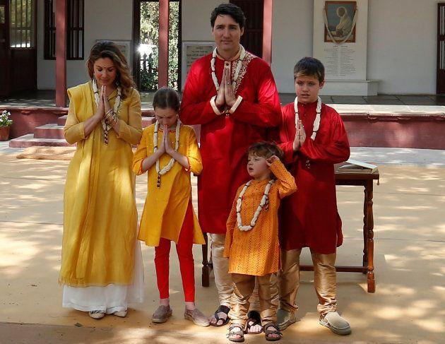 Justin Trudeauet sa famille en visite au Gandhi