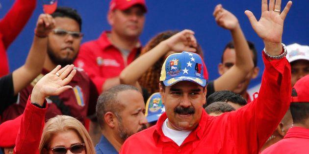 Nicolas Maduro et sa compagne Cilia Flores à Caracas samedi 2