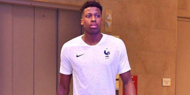 Le nouveau maillot de l'équipe de France de football dévoilé par... un