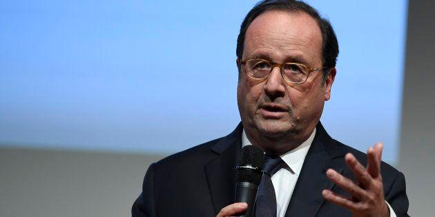 François Hollande sort de sa réserve dans un entretien au Monde pour dénoncer la situation en