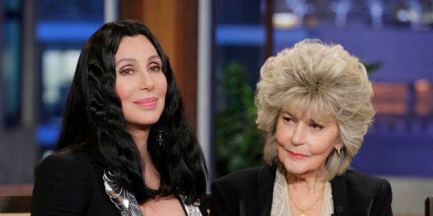 Cher et sa maman Georgia Holt lors d'une interview en avril