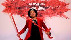 Pour son anniversaire, Neymar dégaine des béquilles aux couleurs de sa