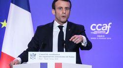 Macron fixe la