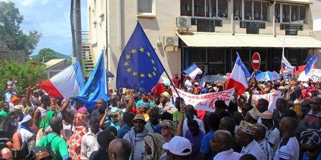 Mayotte: la législative partielle sera bien organisée, les barrages devraient être