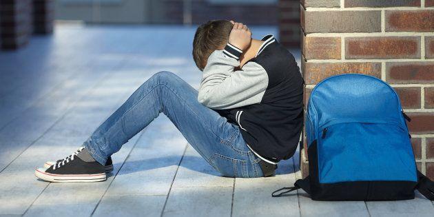 D'où vient la phobie scolaire, et comment aider les ados à la