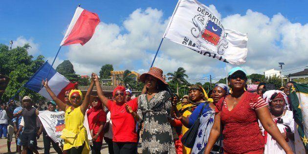 À Mayotte, la grève générale se poursuit, malgré l'accord de principe conclu avec le