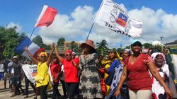 La grève générale continue à Mayotte, malgré l'accord de principe conclu avec le