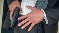 Un prof américain tire accidentellement avec son arme en classe et blesse trois