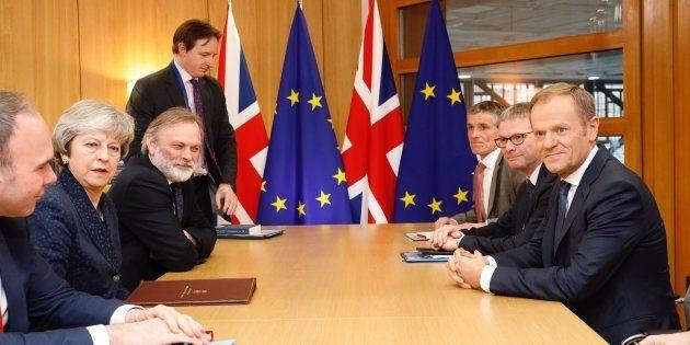 Brexit: les discussions toujours au point mort entre l'UE et le