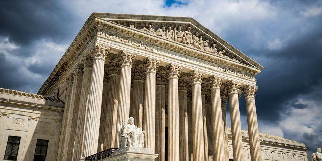 La Cour suprême des États-Unis bloque une loi restreignant