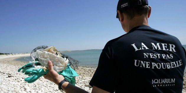 M. de Rugy, la France doit être à la pointe de la lutte contre la pollution des mers par le