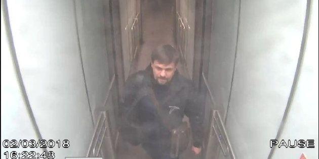 Ruslan Boshirov, ou plutôt Anatoli Tchepiga, filmé par une caméra de