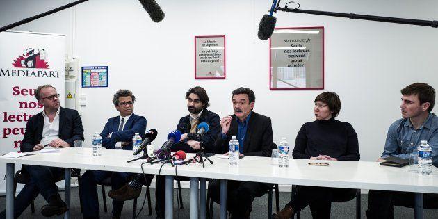 De gauche à droite, Christophe Deloire, secrétaire général de Reporters sans Frontières (RSF), l'avocat...