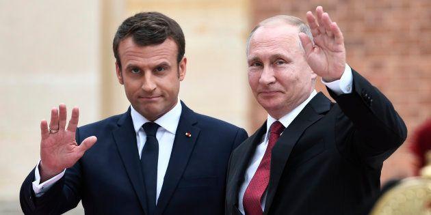 Emmanuel Macron et Vladimir Poutine, lors de leur rencontre au château de Versailles en mai