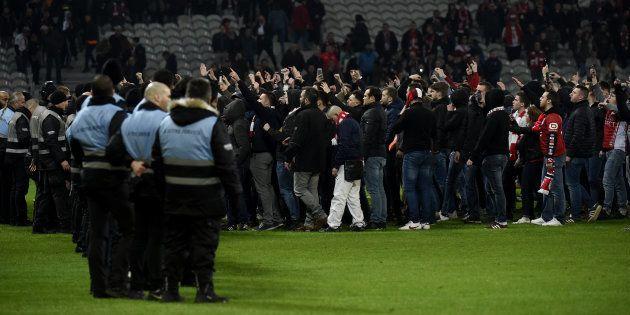 Contre les supporters violents à Lille, voici pourquoi législateurs et juges doivent être