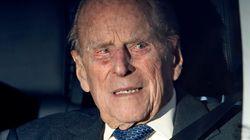 À 97 ans, le prince Philip renonce à son permis de conduire après son