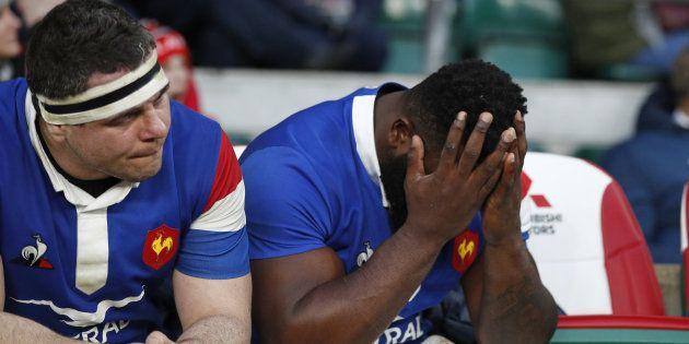 Guilhem Guirado et Dany Priso sur le banc de touche lors d'Angleterre-France le 10 février