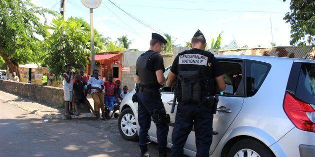 À Mayotte, des Mahorais décident d'agir eux-même contre l'immigration, Girardin demande
