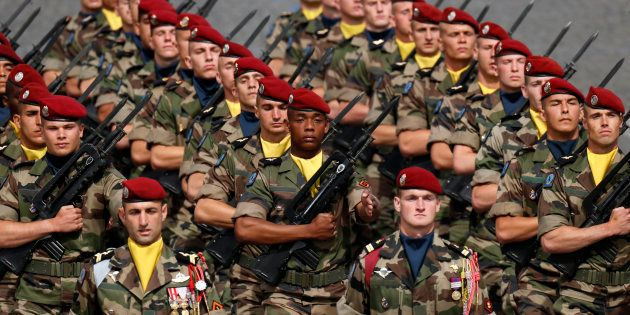 Des troupes déployées au sein de l'opération Sangaris sur les Champs-Élysées le 14 juillet