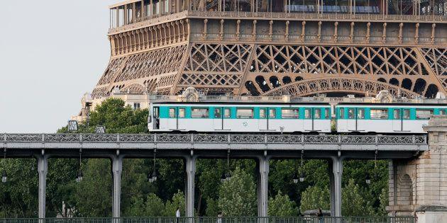 Les transports en commun gratuits à Paris? Anne Hidalgo y