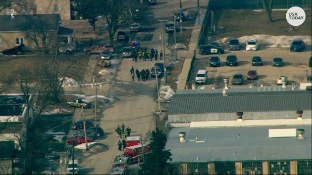Une fusillade près de Chicago fait au moins 5