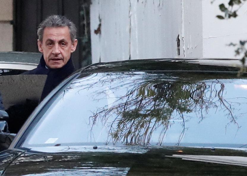 Nicolas sarkozy mis en examen et placé sous contrôle judiciaire
