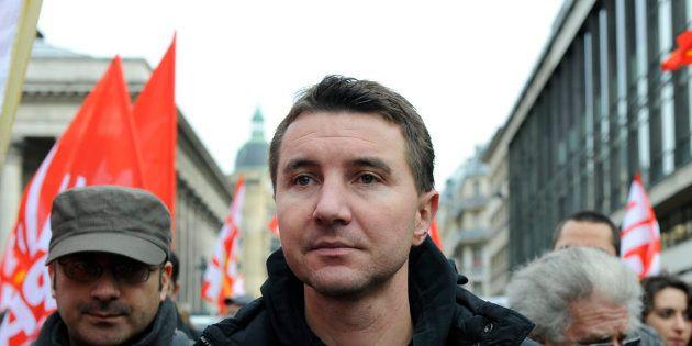 Grève SNCF, manifestation du 22 mars: Olivier Besancenot, facteur d'unité à