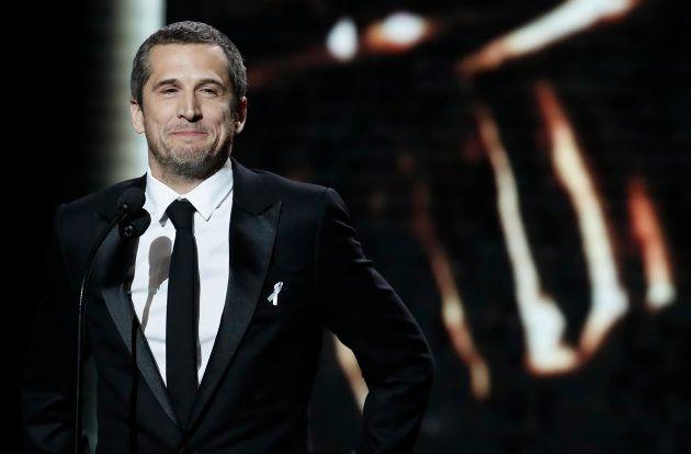 Lors de la précédente cérémonie des César, Guillaume Canet avait pris le risque de porter une cravate.