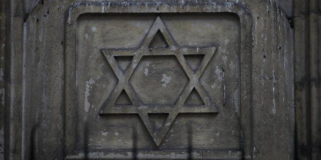 Une synagogue de Sarcelles prise pour cible par deux adolescents (photo