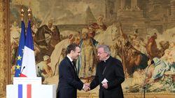 Accusant l'ambassadeur du Vatican d'agression sexuelle, il réclame la levée de son immunité