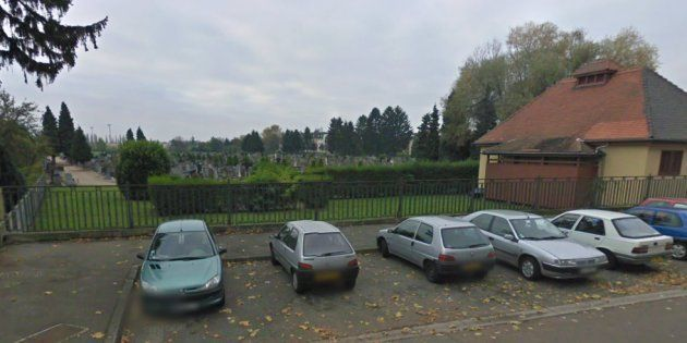 Quelque 80 tombes ont été profanées dans le cimetière juif de Quatzenheim, en Alsace (image