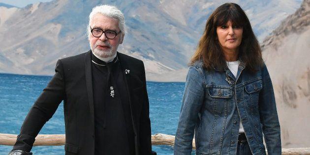 Karl Lagerfeld et Virginie Viard en octobre dernier à l'occasion du défilé printemps/été 2019.