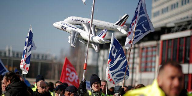 Grève à Air France, 75% des vols seront assurés selon la