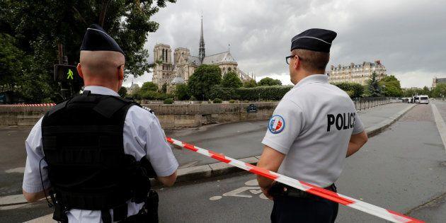 Notre-Dame de Paris: les premiers témoignages après l'attaque d'un
