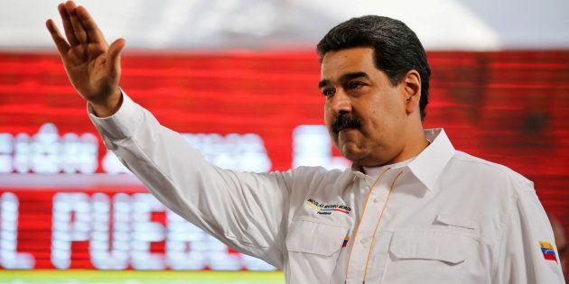 Nicolas Maduro arrivant pour une émission télévisée à Caracas le 20 février