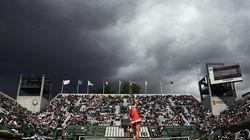 Perturbé par la pluie, Roland-Garros se fait troller sans