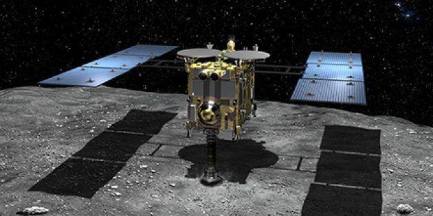 La sonde Hayabusa 2, ici sur une vue d'artiste, a réussi à se poser sur l'astéroïde Ryugu pour en ramener...