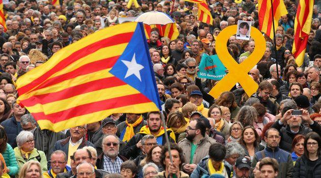 Carles Puigdemont arrêté en Allemagne après des mois
